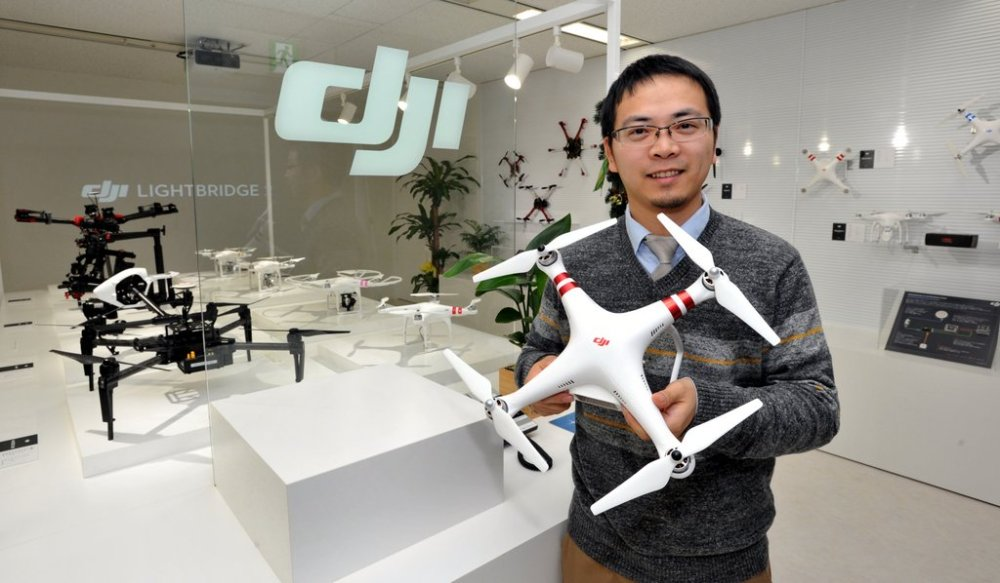 Allen Wu , drone, DJI Japan General Manager, at Odaiba office on Dec. 18, 2015. Hodo-bu Nagata interview. YOSHIAKI MIURA PHOTO